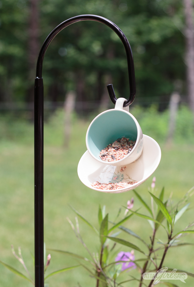 Teacup Bird Feeder Diy Tutorial A Great Way To Upcycle Old China