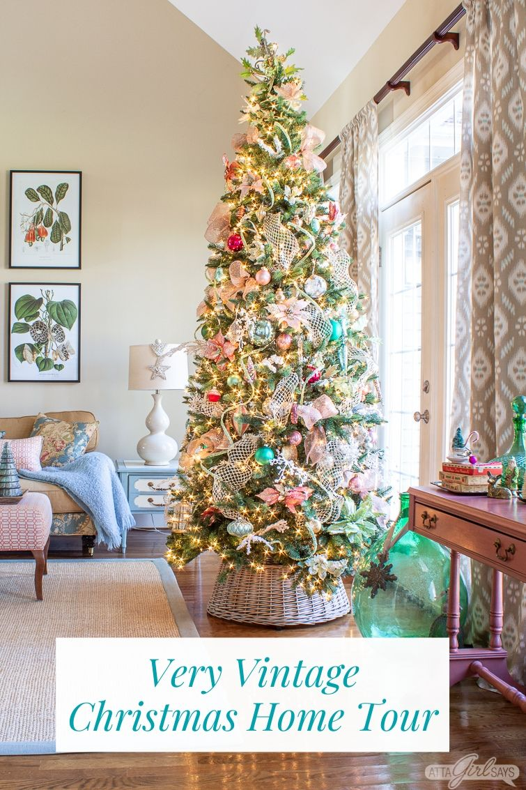 Very Vintage Traditional Southern Christmas Home Tour